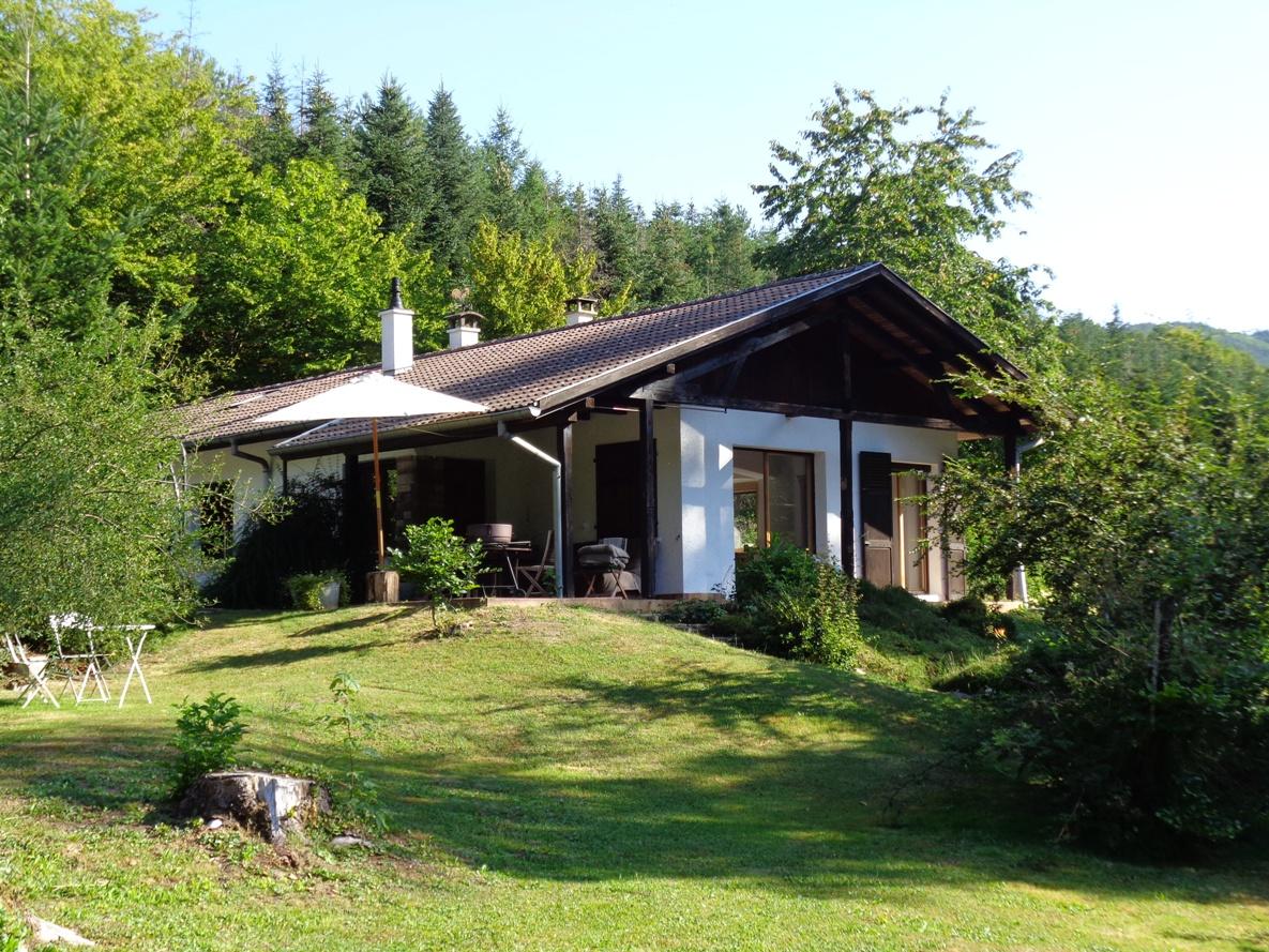 Ref. 1265 -Maison type chalet 120 m2 sur 1hectare 5.6a avec étang