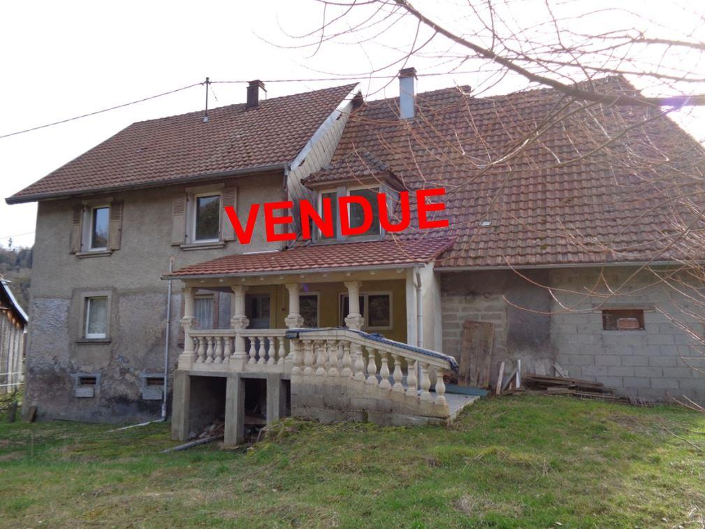 Ref. 1275- Grande maison de village sur 89 ares – VENDU