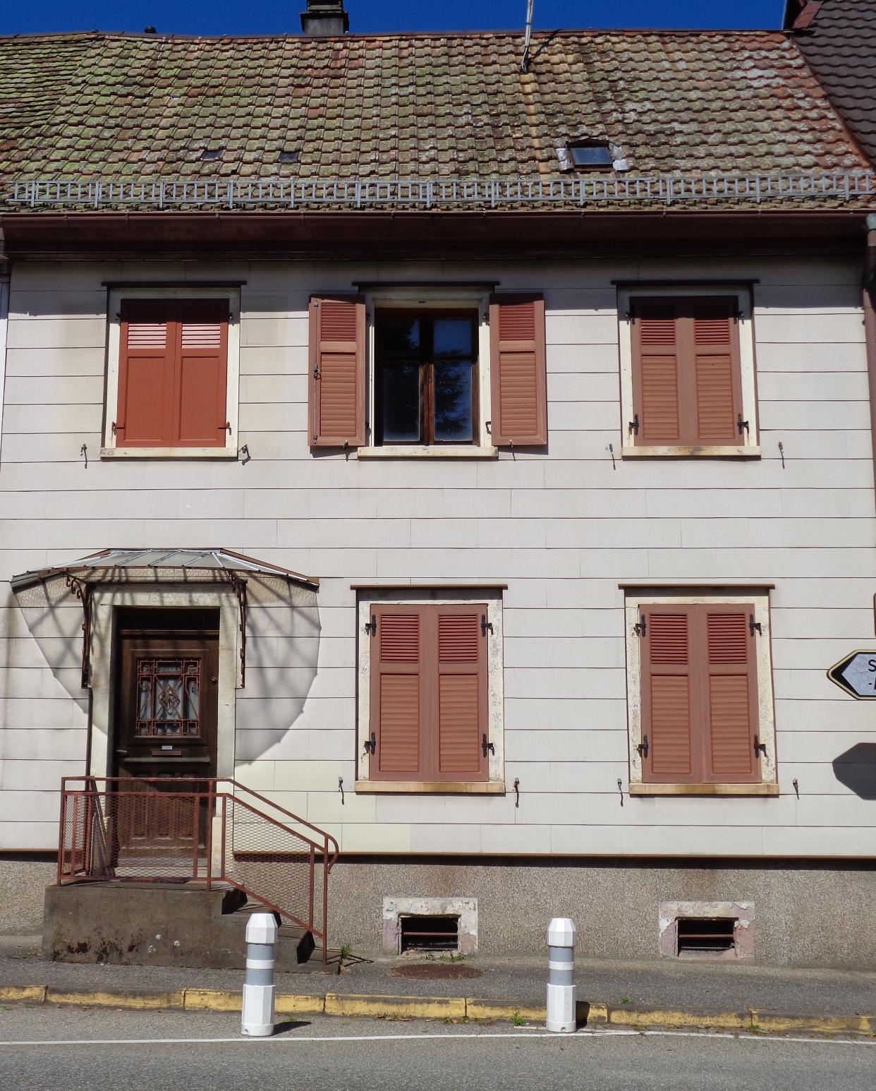 Ref. 1280 – Pour investisseur, maison centre ville à réhabiliter