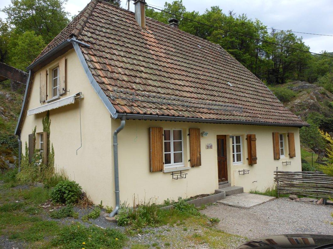 Ref. 1295 – Petite maison de montagne à vendre